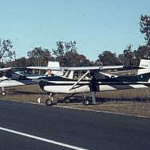 VH-UER new paint scheme university flying club aircraft cessna 150 1964 jandakot airport learn to fly flight training flight school