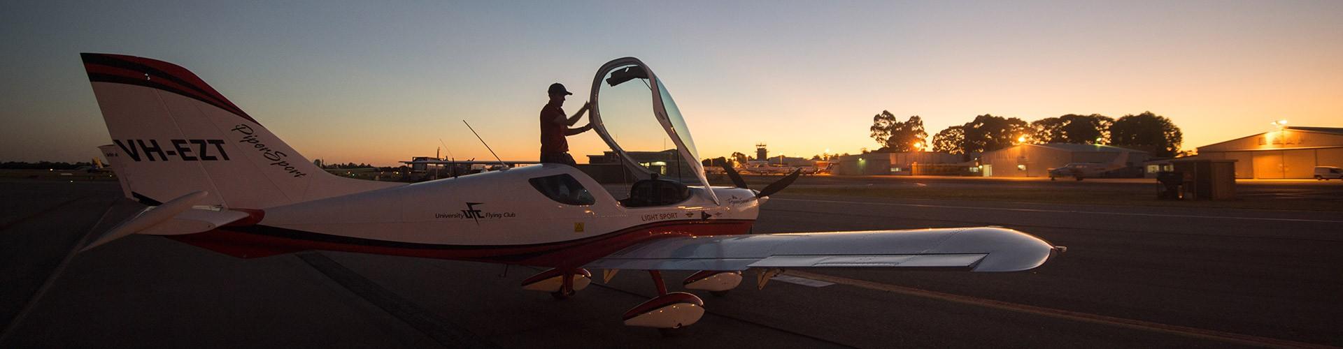 university-flying-club-jandakot-airport-learn-to-fly-vh-ezt-pipersport-sportscruiser-csa-lsa-rpl-ppl-private-pilot